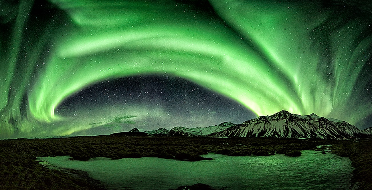 amazing night dancing together with the aurora borealis