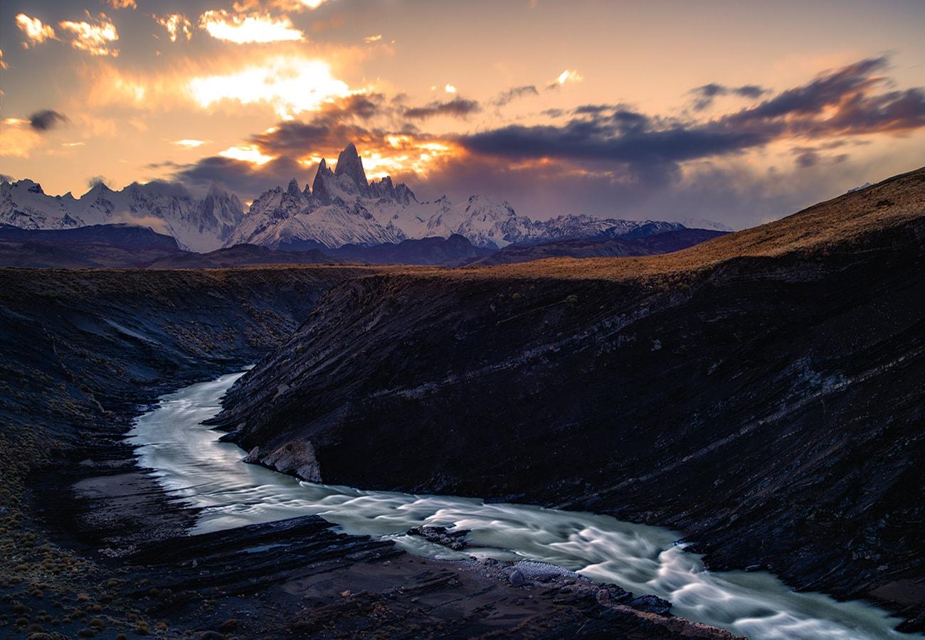 canyon view at el chalten,argentina