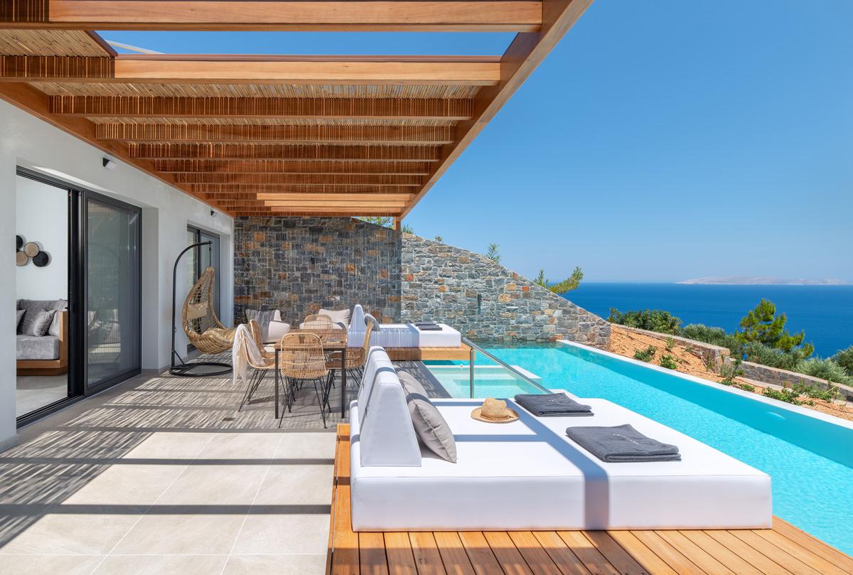 malvezzino pool area with luxurious sunbed